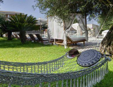 green hammock-garden