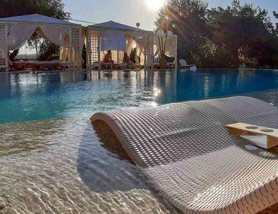 pool chairs-03