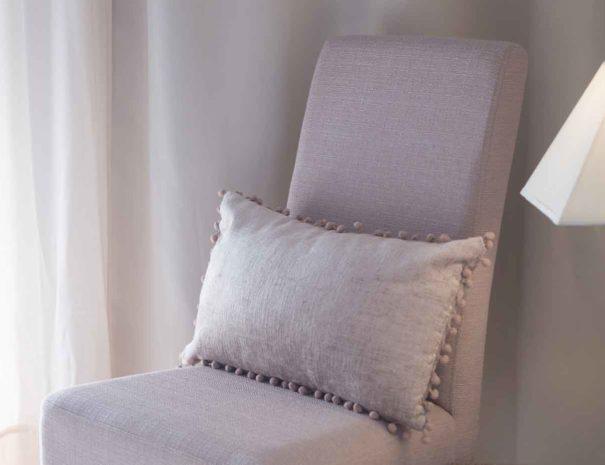 Zimmer Stuhl Tischlampe