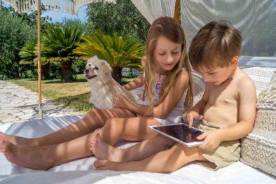 garden-children-tablet-dog